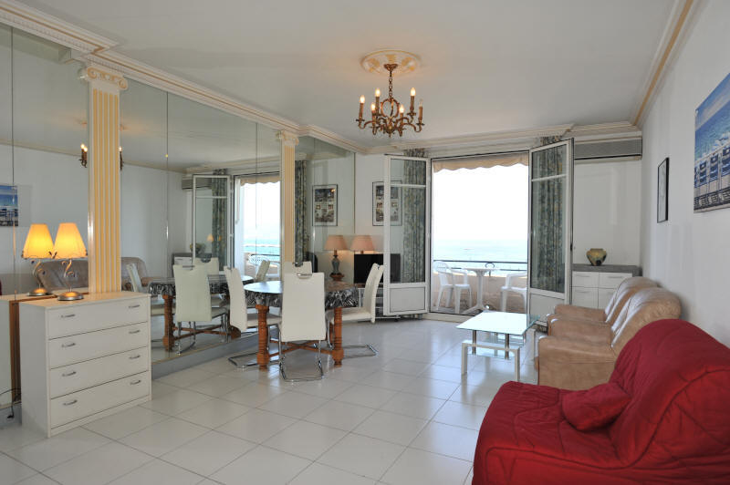 Cannes Rentals, rental apartments and houses in Cannes, France, copyrights John and John Real Estate, picture Ref 062-05