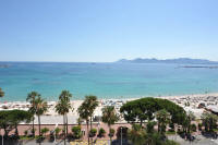 Cannes Rentals, rental apartments and houses in Cannes, France, copyrights John and John Real Estate, picture Ref 209-08