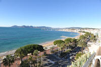 Cannes Rentals, rental apartments and houses in Cannes, France, copyrights John and John Real Estate, picture Ref 209-11
