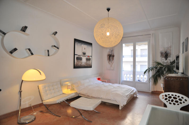 Cannes Rentals, rental apartments and houses in Cannes, France, copyrights John and John Real Estate, picture Ref 351-05